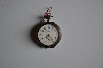 Lot de 2 montres: Montre à gousset chrono sport/tachymètre en acier noir, montre...