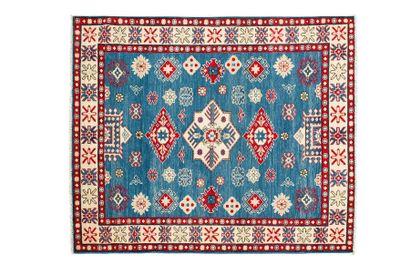 KAZAK (South Caucasus). Around 1990. Dimensions: 184 x 151 cm. Technical characteristics:...