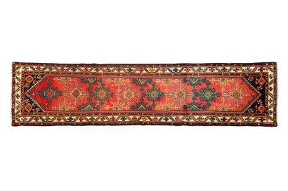 Galerie MELAYER (Iran ) Vers 1980. Dimensions:...