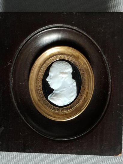 Cameo man profile on hard stone - early 19th...