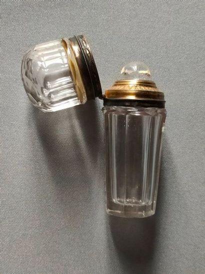 Perfume bottle in crystal silver frame -...