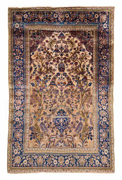 KACHAN SOOF in silk and relief (Persia),...