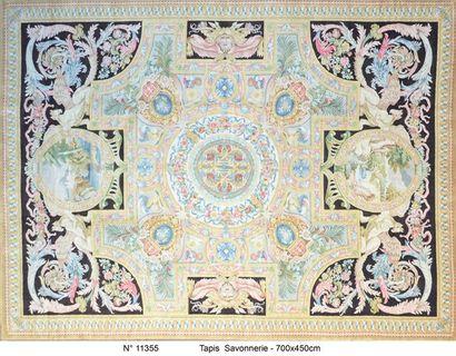 Important tapis de Style Savonnerie XX. Dimensions...