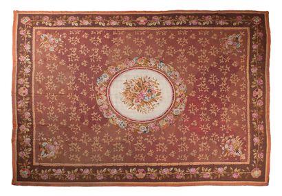 Important tapis d'Aubusson époque Louis-Philippe...