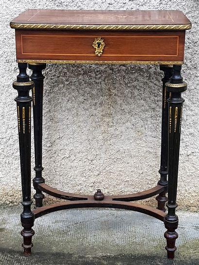 Coiffeuse, table d'appoint Napoléon III en...