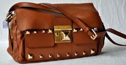 Sonia RYKIEL Sac en cuir gold, plaques dorées, pointe diamant, style Medor avec clé....