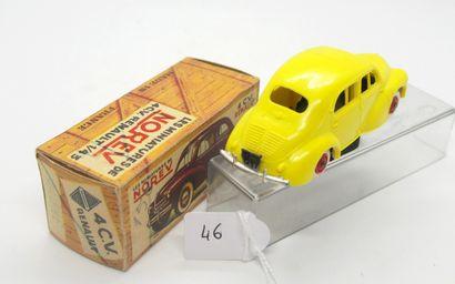 NOREV - France - 1/43e - Plastique (1)  - # 5 - 4 CV RENAULT  Rare version de 1959...