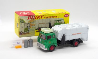 DINKY TOYS - Grande-Bretagne - Métal/Plastique...