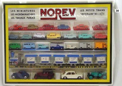 NOREV - France - Verre Plastique (1)  RARE  PRESENTOIR MICRO METAL/MICRO PLASTIQUE/INTERLUDE...