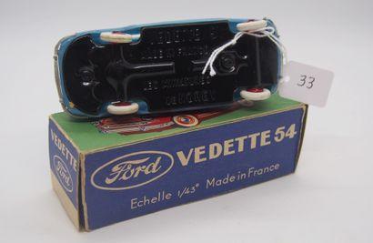 NOREV - France - 1/43e - Plastique (1)  # 2 - FORD Vedette Bleu vif  Plancher noir....