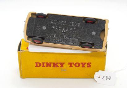 DINKY TOYS - Grande-Bretagne - Métal (1)  # 132 -PACKARD CABRIOLET  Saumon, intérieur...