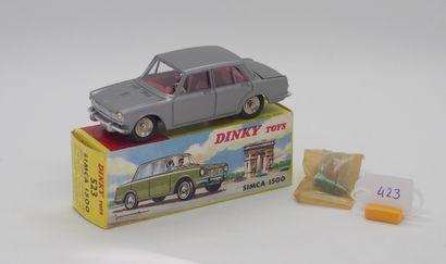 DINKY TOYS - FRANCE - Métal (1)  # 523 SIMCA...