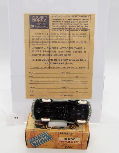 NOREV - France - 1/43e - Plastique (1)  - # 5 - 4 CV RENAULT  Gris marroné, jantes...