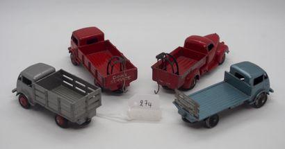 DINKY-TOYS - France - 1/43e - Métal (4)  RÉUNION DE 4 CAMIONS SÉRIE 25  - # 25 R...