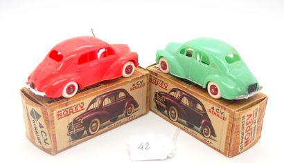 NOREV - France - 1/43e - Plastique (2)  - # 5 - 4 CV RENAULT  Rare version de 1959...