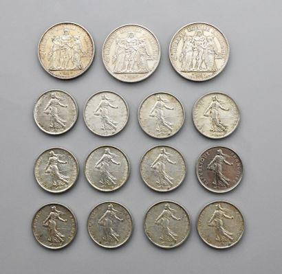 ., Lot : 12 pièces de 5 francs argent : 3 x 1960, 1 x 1961, 3 x 1962, 1 x 1963,...
