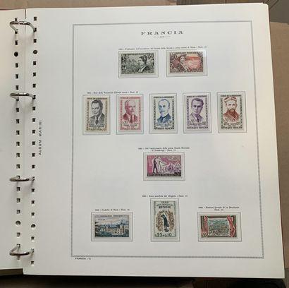 1 Carton France de 1956 à 1973 * + France...