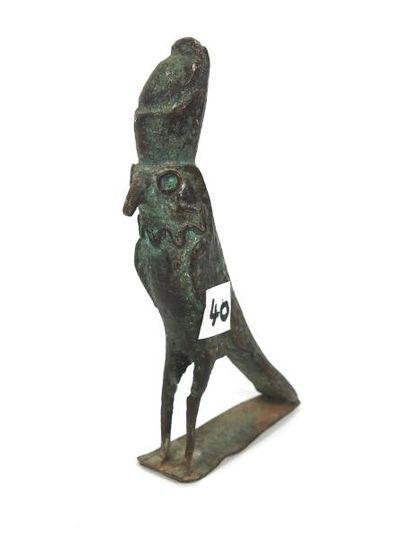 Dieu Faucon Horus. Bronze. Style égypto phénicien....