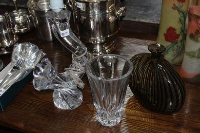 DAUM France.  Pied de lampe en cristal moulé...