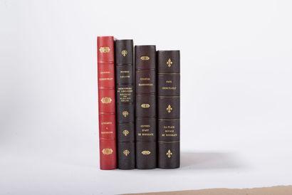 BORDEAUX  Réunion de 4 ouvrages : - LABADIE...