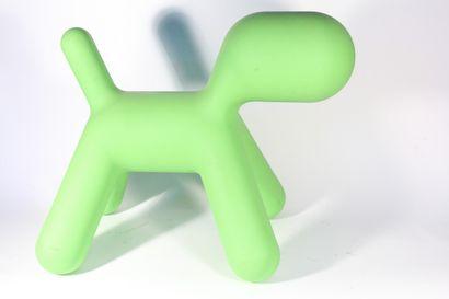 Fauteuil en plastique thermomoulé, design...