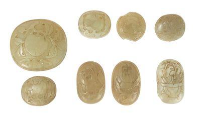 Huit plaques de sceptre en jade  Chine, fin...