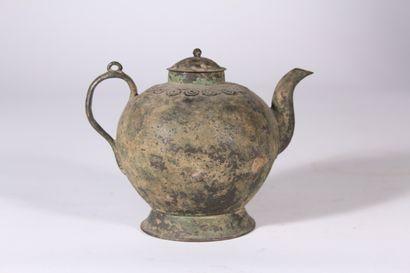 Théière en bronze  Chine, probablement époque...