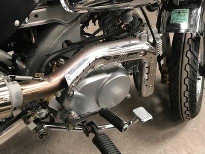 """SKY TEAM Monkey """"Le Mans"""" type 07120C vélomoteur MTL gris et chromes, 1 place du..."""