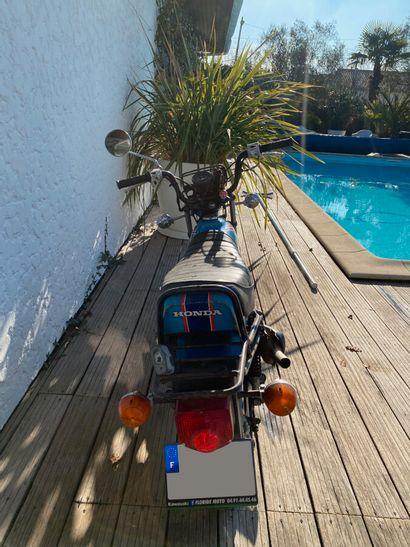 HONDA CY 80 type HB01 vélomoteur MTT1 bleu, 2 places du 18/11/1981 n° de série 5004560,...