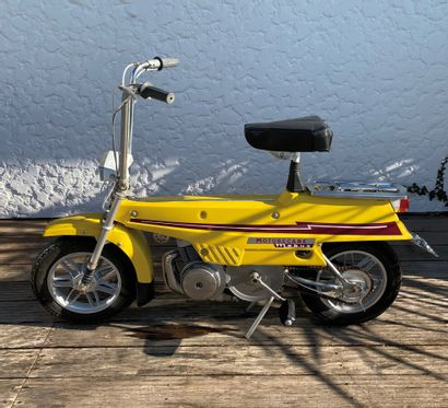 MOTOBECANE Mobyx type X7 moped yellow CL,...