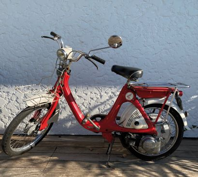 HONDA type P50 moped CL red and white, 1...