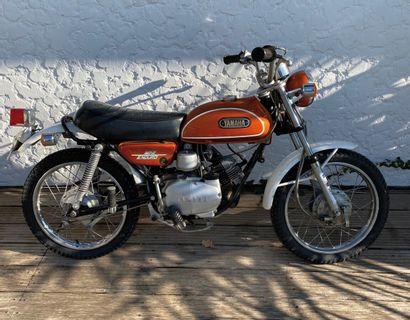 YAMAHA 50 type FT1 moped MTT2 gold and white,...