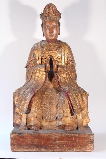 Sculpture de Bodhisattva en bois laqué or,...