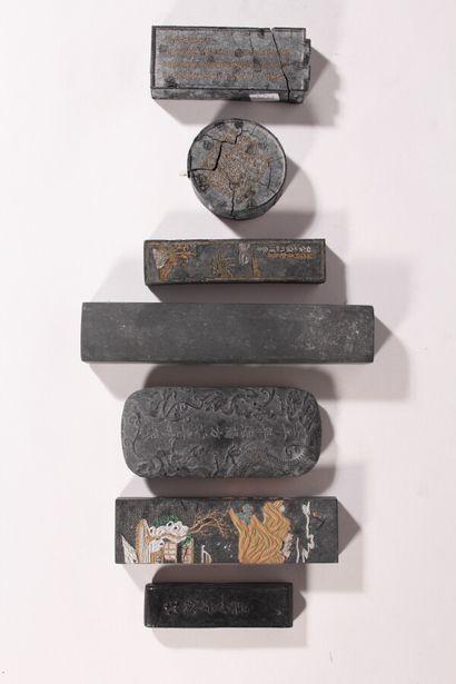 Ensemble de sept pierres à encre, certaines...
