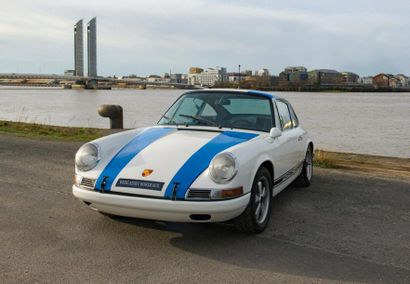 PORSCHE Coupé sportif type 911S 2 litres...