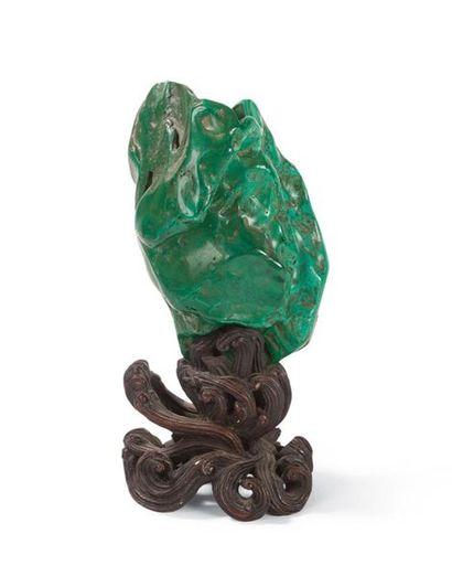 Petit vase en malachite Chine, fin du XIXème...