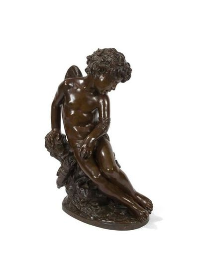 Figure en bronze à patine brune représentant...