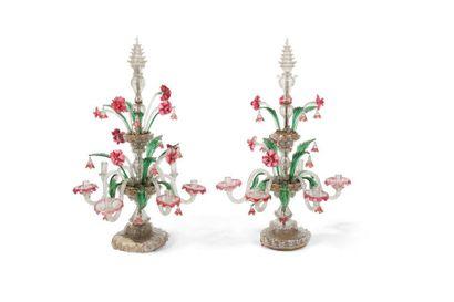 Paire de grand candélabres en verre de Venise...