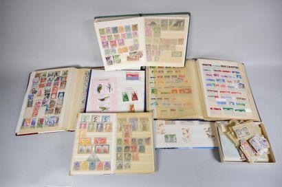 5 classeurs de timbres : France Classique...