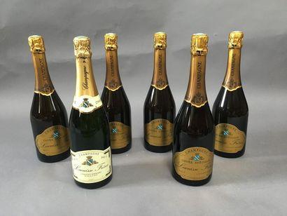 5 bouteilles de champagne Lacuisse frère...