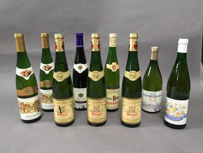 6 bouteilles de vin d'Alsace, 1 bouteille...