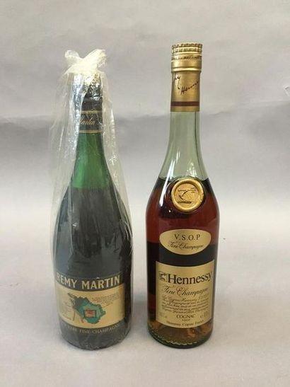 1 bouteille de Fine Champagne Hennessy et...