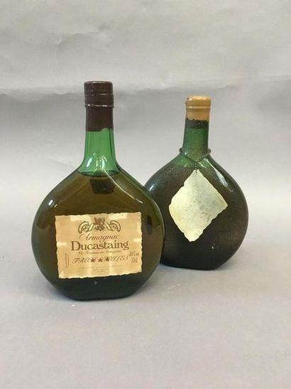 1 bouteille d'Armagnac Ducastaing et 1 bouteille...