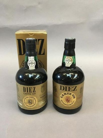 2 bouteilles de Porto TAYLORS Réserve 10...