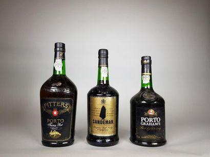 3 bouteilles de PORTO DIVERSES Belles S...
