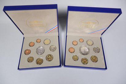 Monnaie de Paris. 2 coffrets de pièces euros...