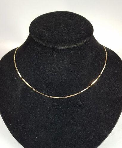 Demi-parure constituée d'un collier et d'un...