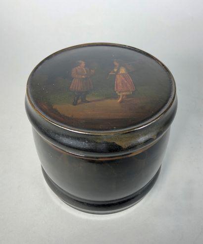 Boite à thé cylindrique en bois laqué d'un...