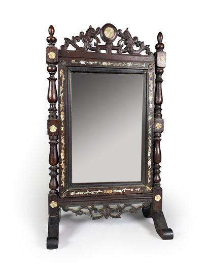 Petit miroir de table en bois incrusté de...