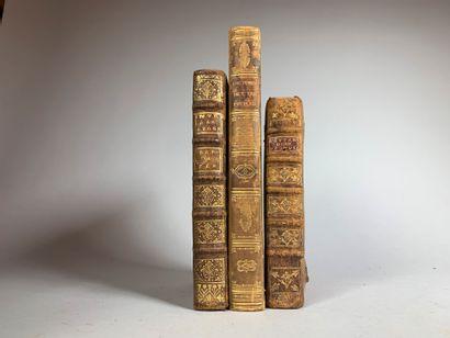 Lot de trois livres :  - Introduction à la géographie par N. de Fer à Paris chez...